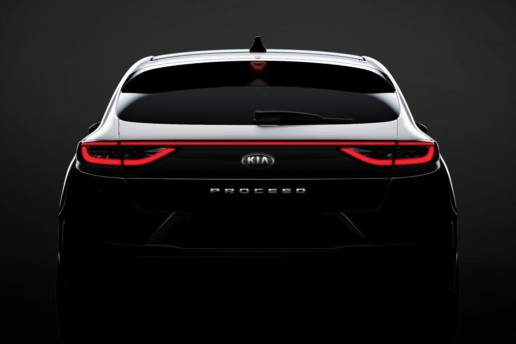 Primeira imagem teaser do Kia Proceed