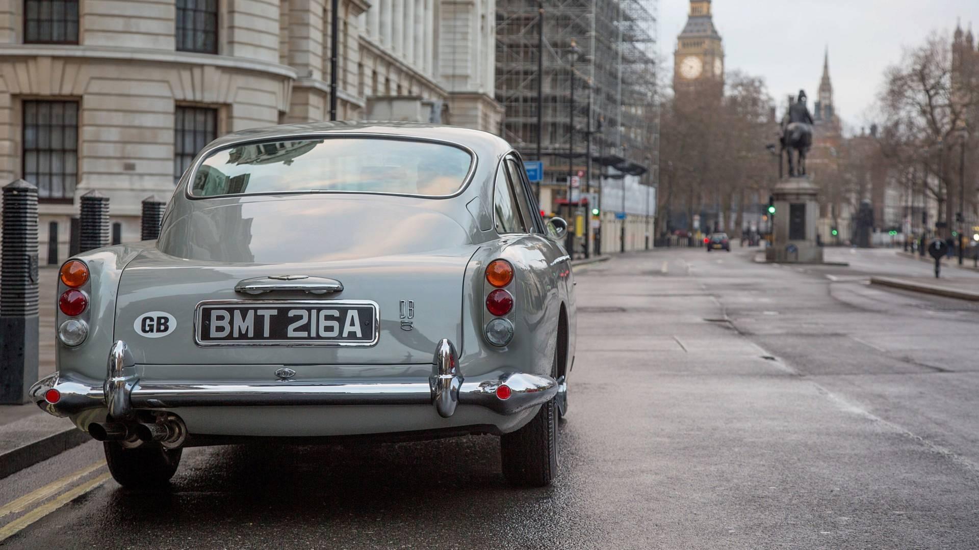 Aston Martin DB5 vai voltar a ser produzido