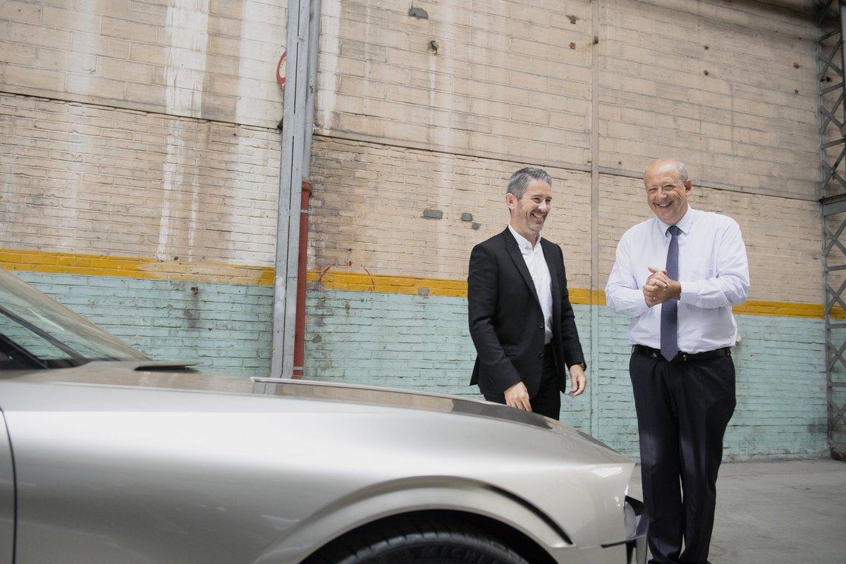 Peugeot prepara concept de um coupé para Salão de Paris