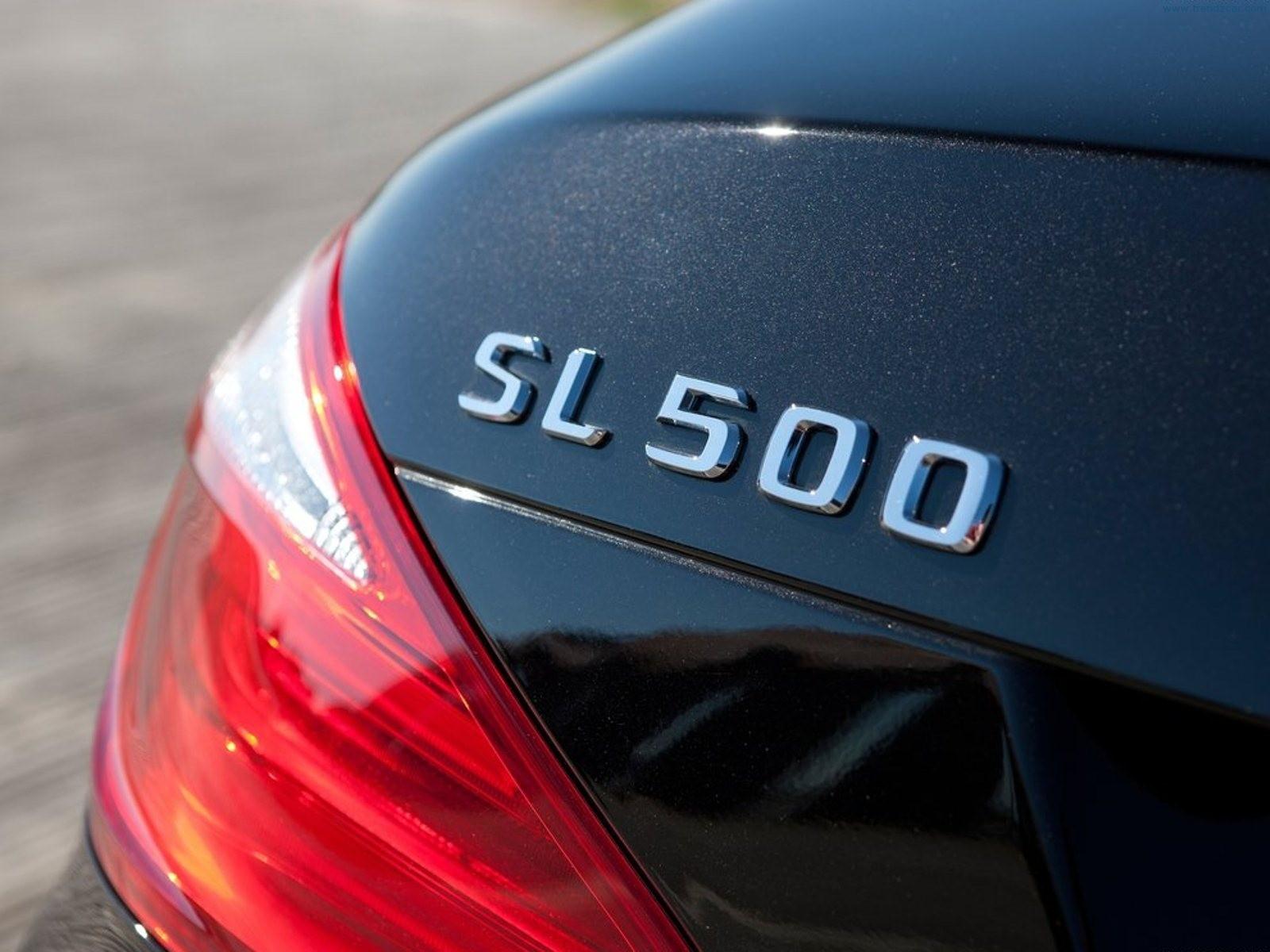 Mercedes-Benz SL vai regressar com base do AMG GT