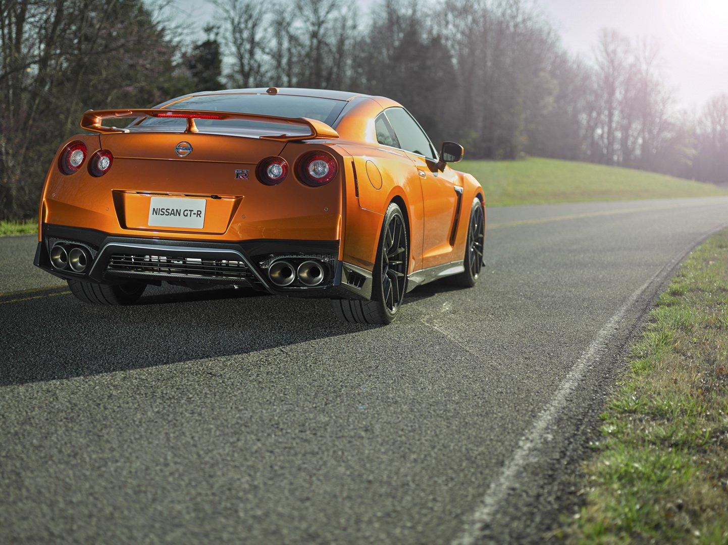 Atual geração do GT-R poderá ser a última sem auxílio de motor elétrico