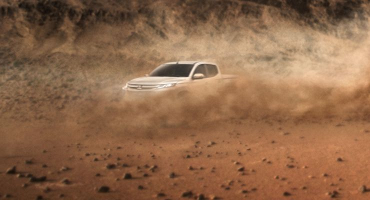 teaser do facelift da Mitsubishi L200