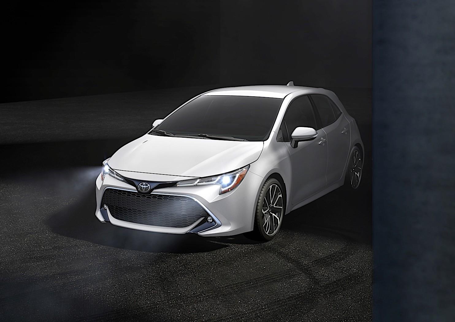 Novo Toyota Corolla hatchback