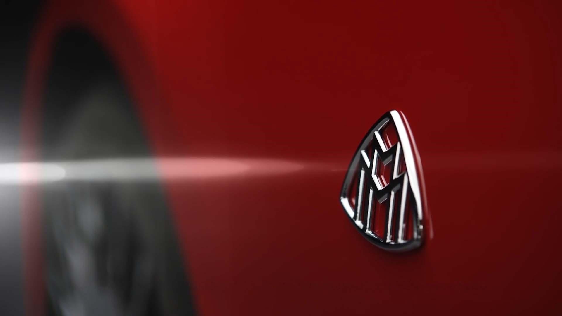 Símbolo Mercedes-Maybach vai estrear num SUV