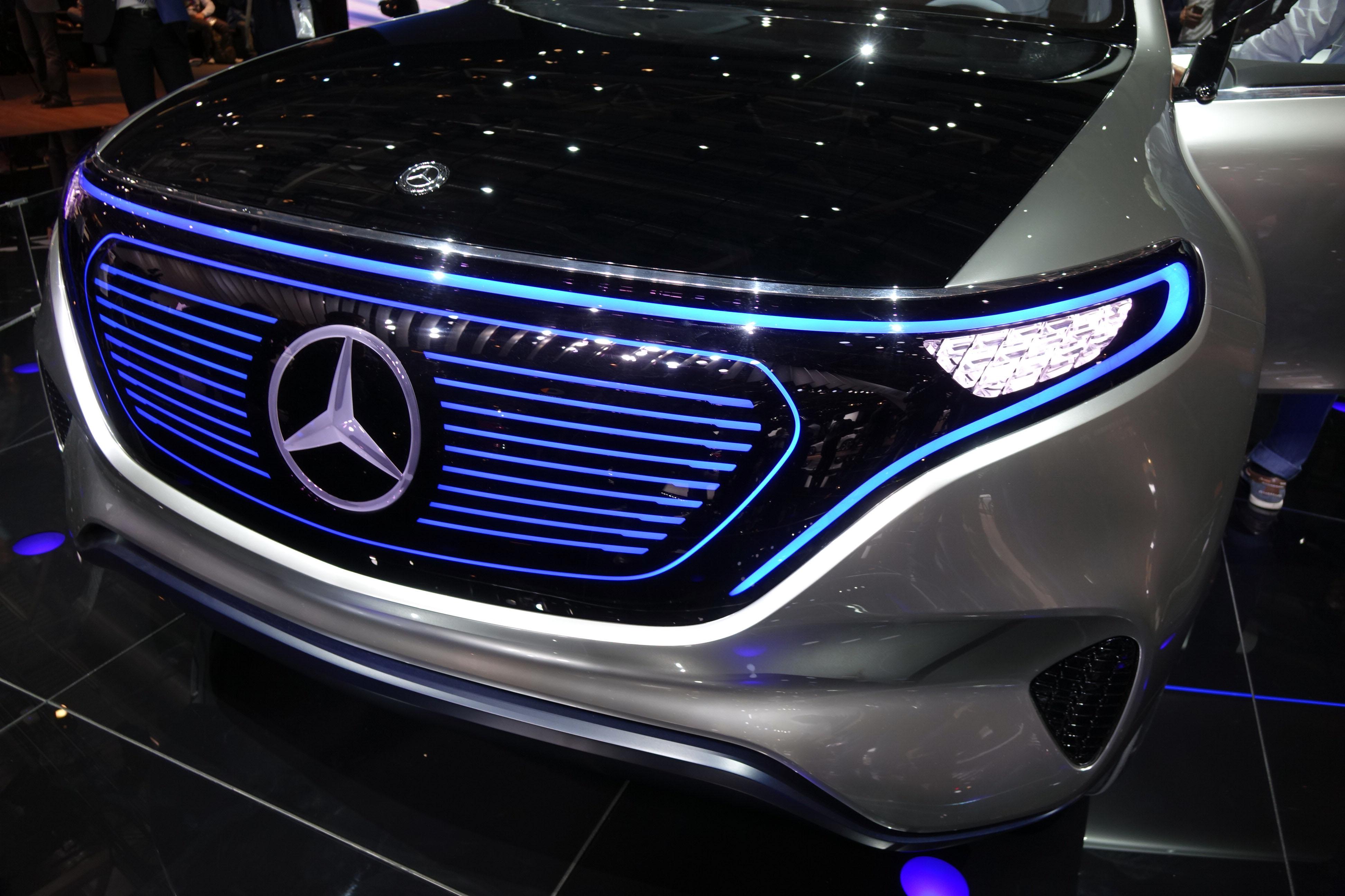 O recém-apresentado SUV EQC abrirá caminho para outras variantes elétricas, incluindo do novo Classe S