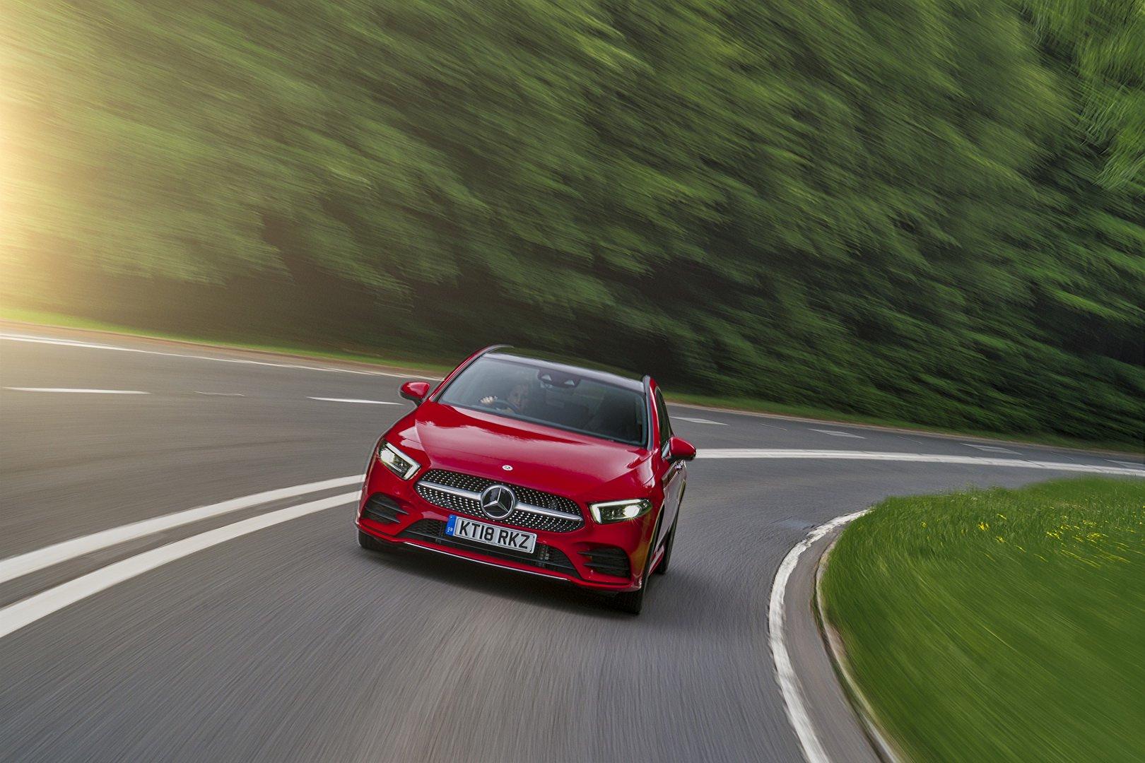 Em breve, o Classe A poderá deixar de ser o modelo de acesso à gama Mercedes-Benz