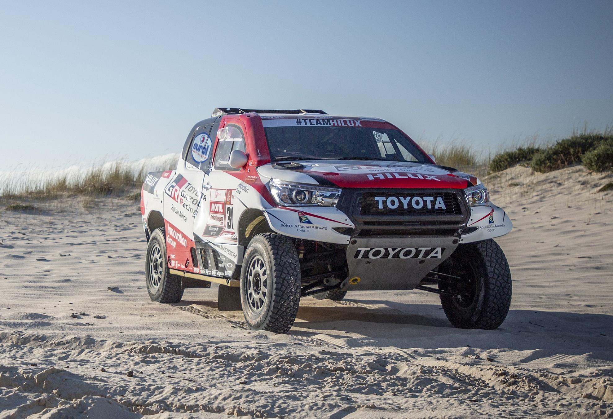 Este é o aspeto das Toyota Hilux que correrão este ano no Dakar