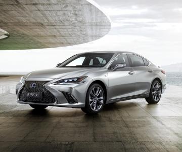 Lexus ES F-Sport