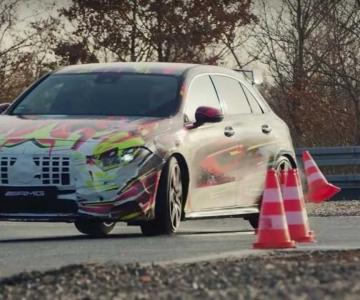Mercedes-AMG A45 em testes