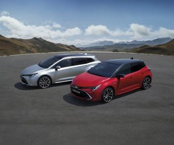 Novos Toyota Corolla Hatchback e Touring Sports