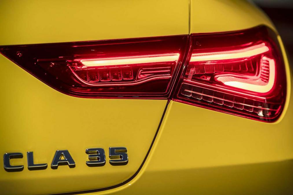 Teaser do novo Mercedes-AMG CLA 35 4Matic
