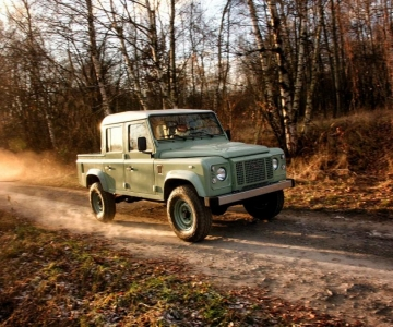 Land Rover Defender by Land Serwis