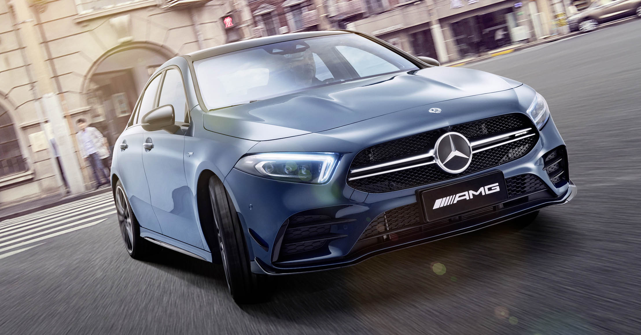 Mercedes-AMG A 35 L 4MATIC (2019)