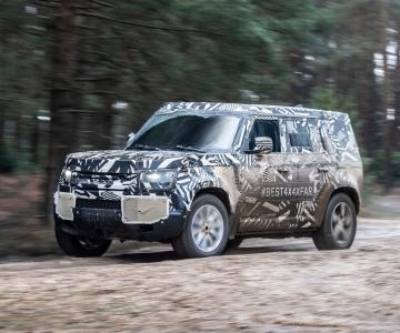 Land Rover Defender em testes