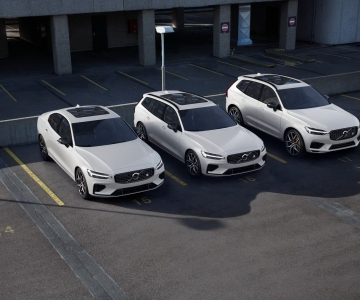 Depois do S60, as versões híbridas plug-in desportivas Polestar Engineered chegam ao XC60 e ao V60