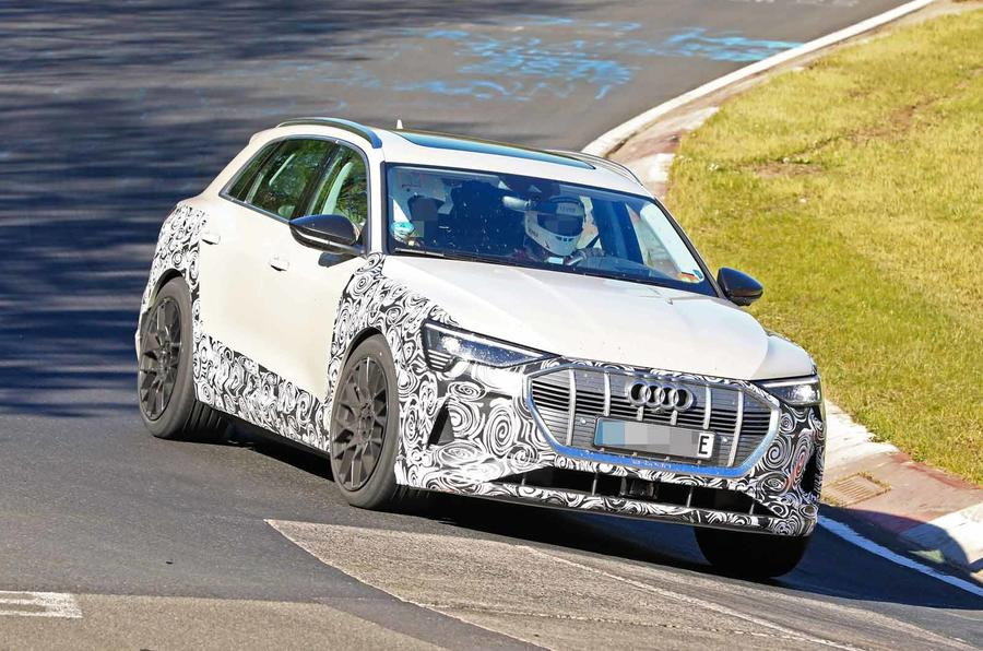 Audi está a afinar em Nürburgring uma versão desportiva do SUV elétrico e-tron