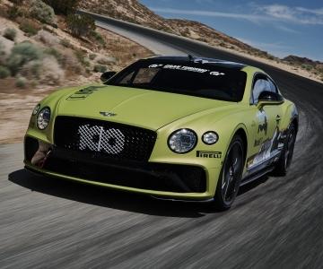 Bentley Continental GT já aquece para tentar bater o recorde em Pikes Peak