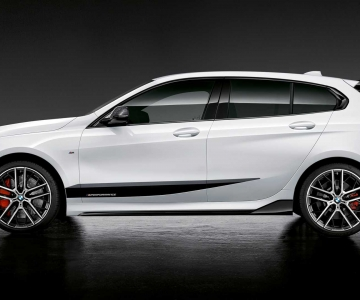 BMW M135i xDrive com acessórios M Performance