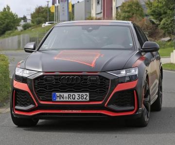 Audi RS Q8 ainda camuflado