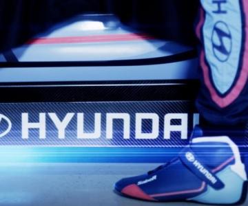 Teaser de carro elétrico de competição da Hyundai