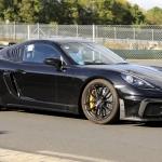 Porsche Cayman GT4 RS em testes