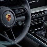 Porsche 911 Carrera S e 4S ganham caixa manual de sete velocidades