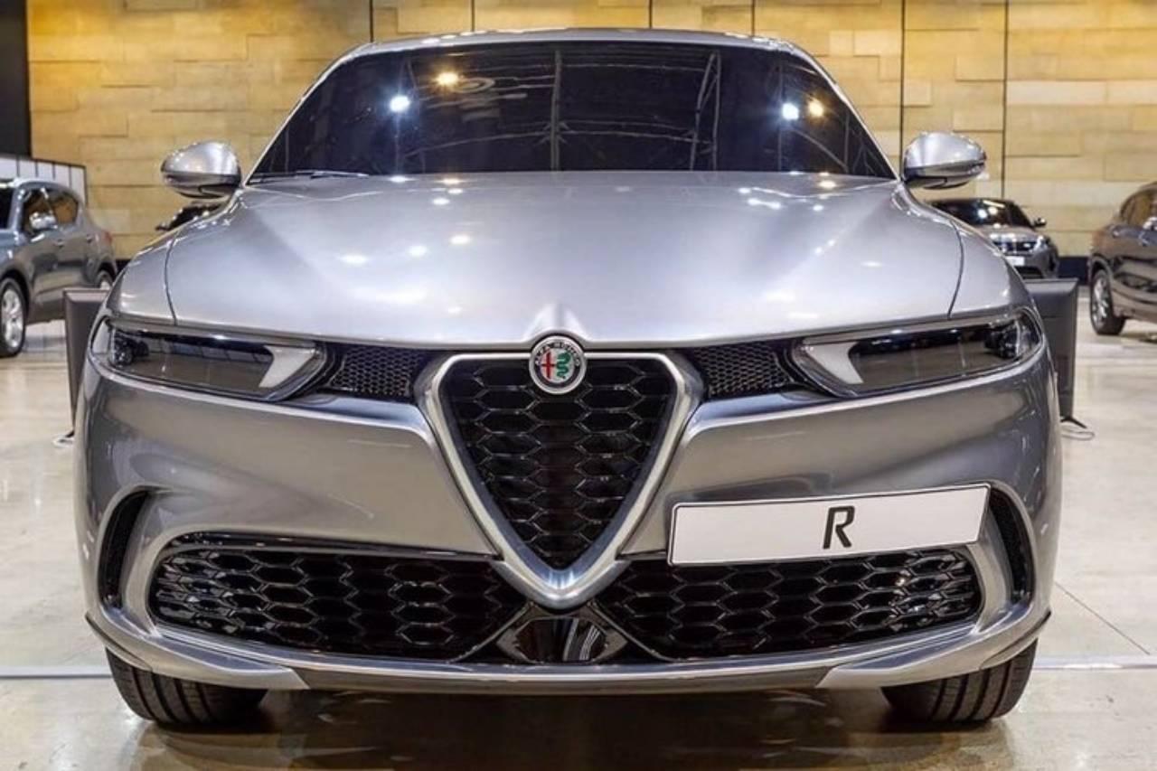 Fuga de imagens do novo Alfa Romeo Tonale