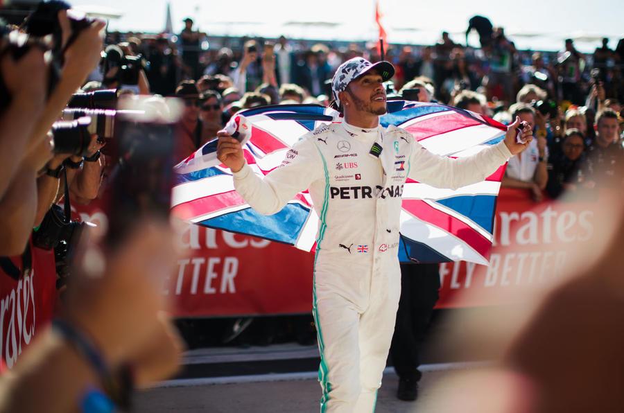 Lewis Hamilton carimbou título nos EUA