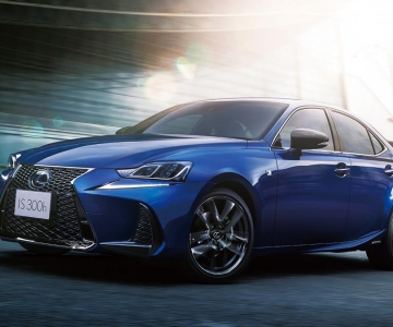 Lexus IS F Sport I Blue