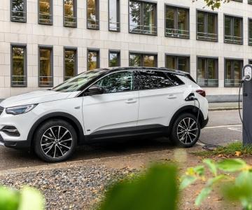 Opel Grandland X PHEV 4x2