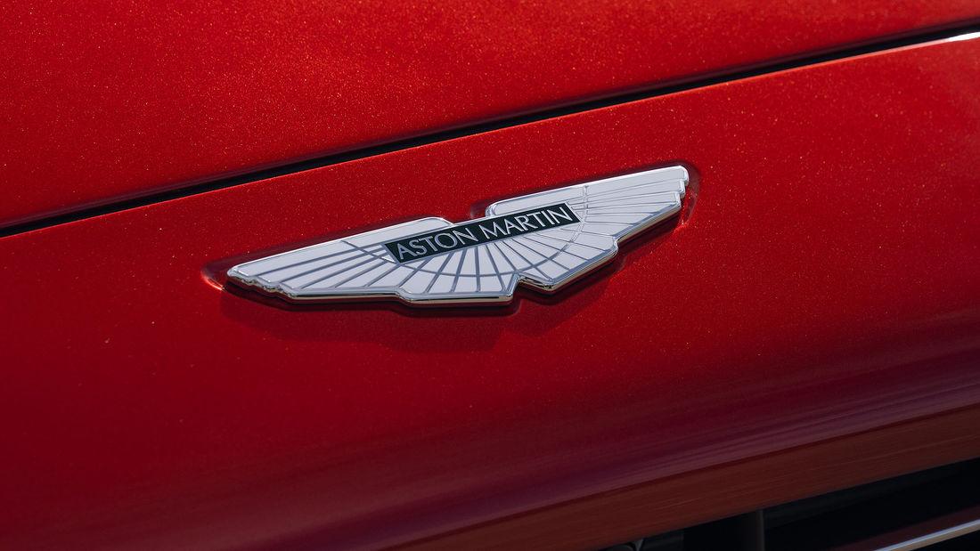 Aston Martin DBX logo