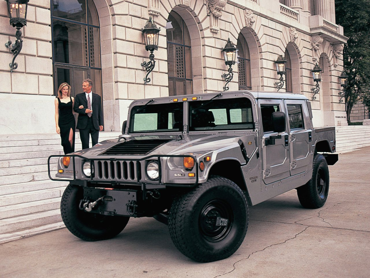 Icónico Hummer poderá regressar na pele de gama elétrica