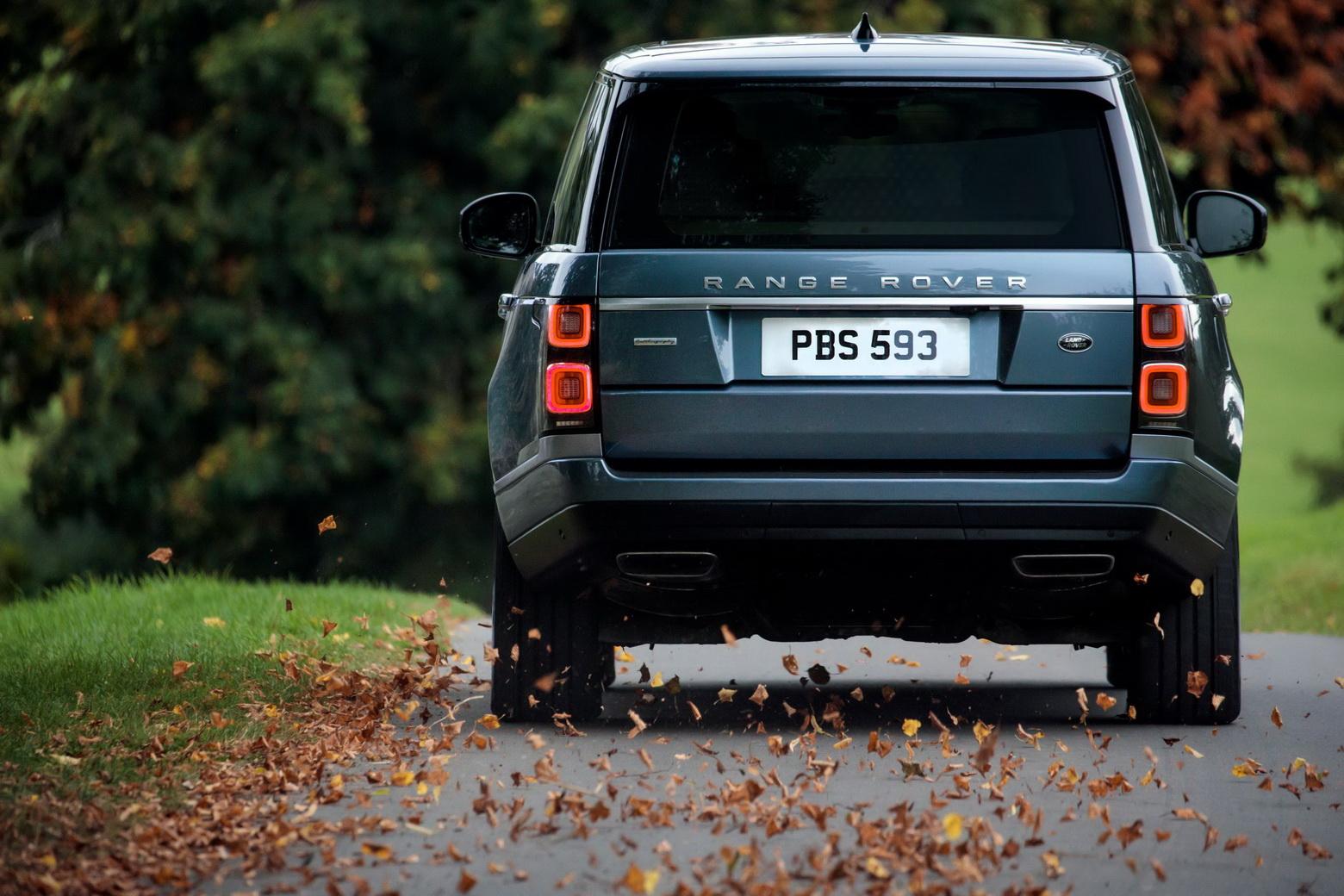 Motores de oito cilindros estão de saída da gama Land Rover