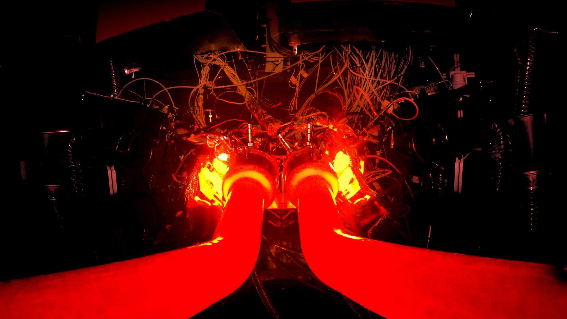 Motor V6 híbrido da Aston Martin