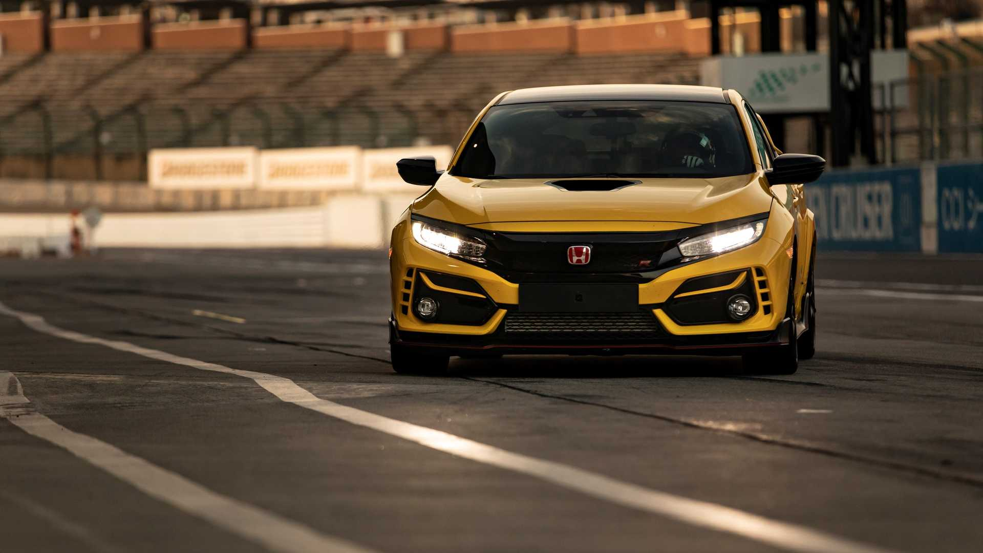 Honda Civic Type R Limited Edition em Suzuka