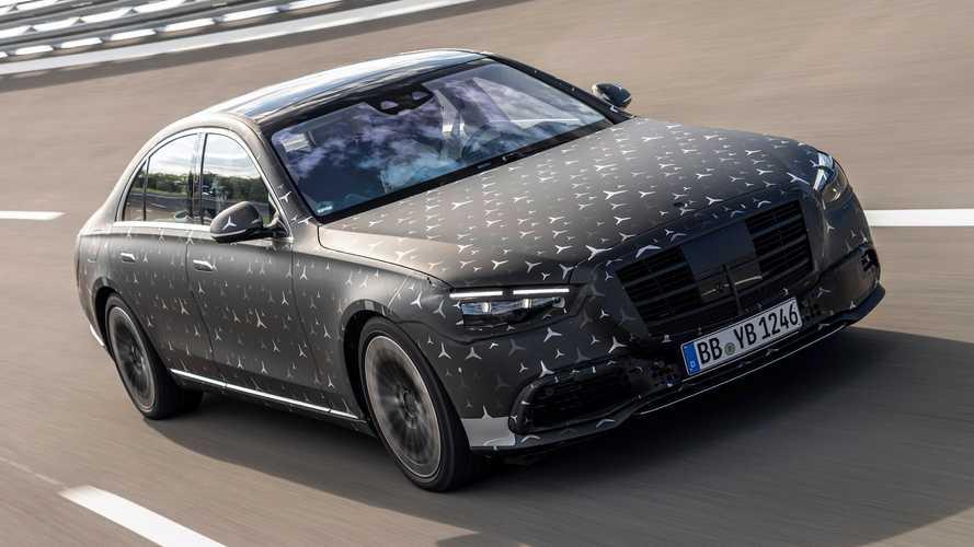 Novo Mercedes-Benz Classe S ainda camuflado