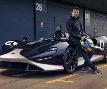 Lando Norris com o McLaren Elva