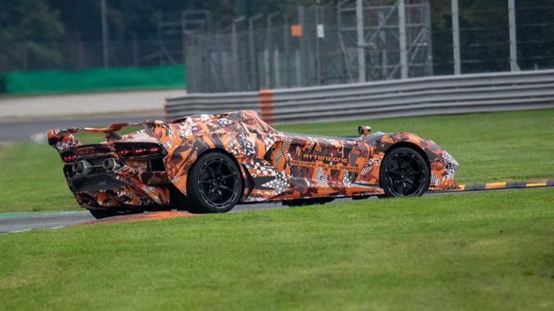 Lamborghini Essenza SCV12 Aperta teaser