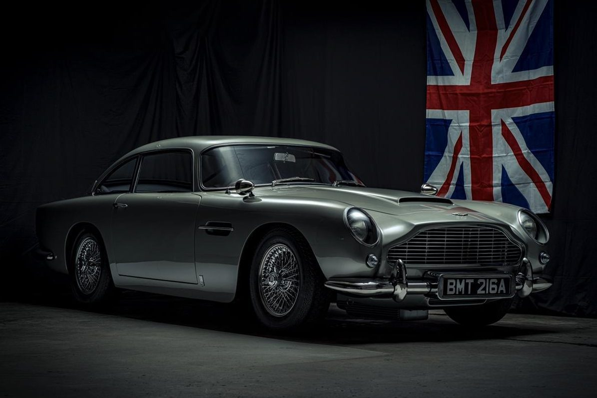 Aston Martin DB5 Goldfinger réplica