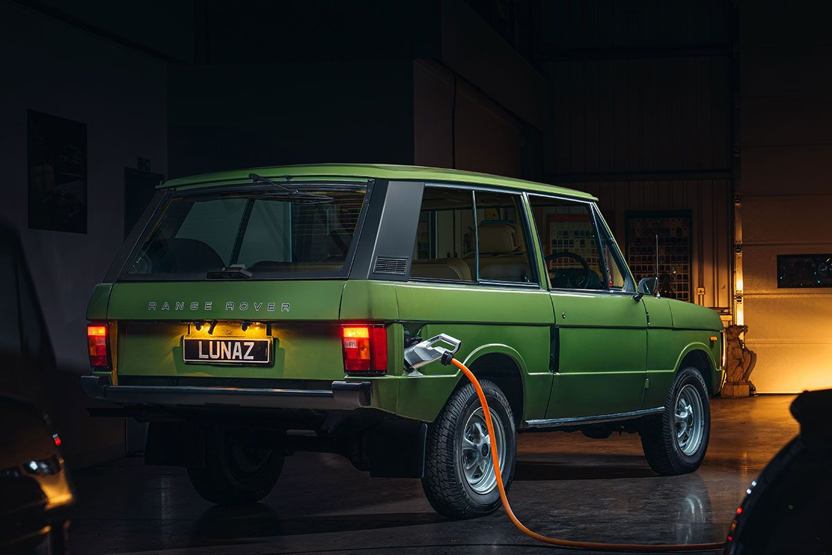 Land Rover Range Rover Lunaz