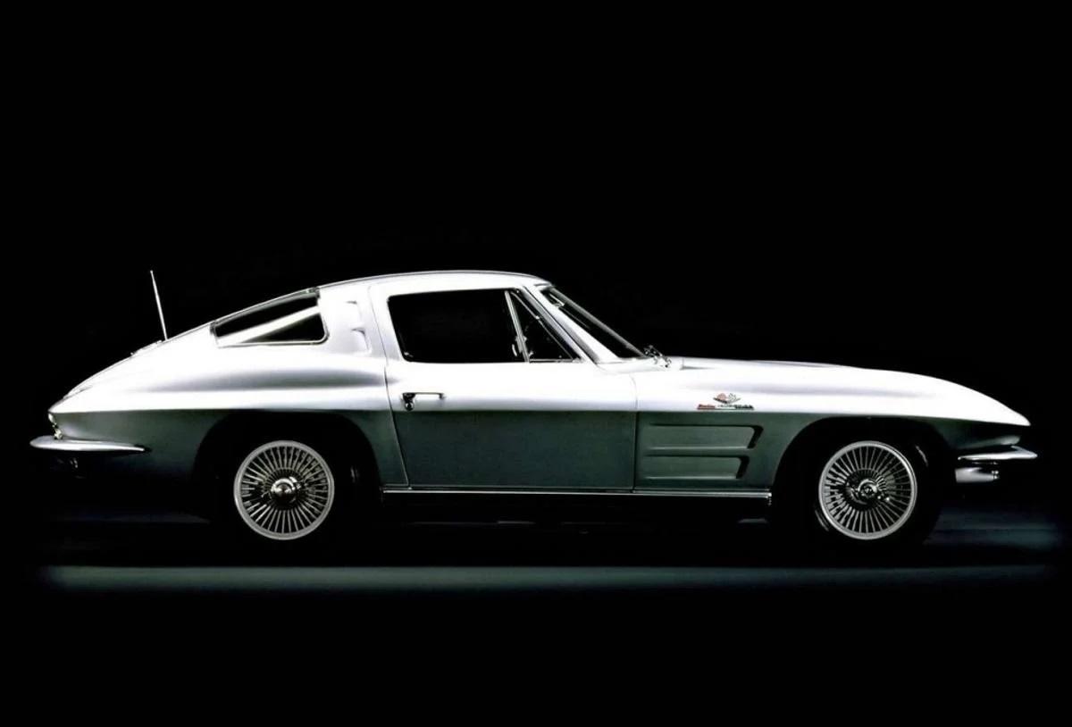 Ava Corvette C2 elétrico