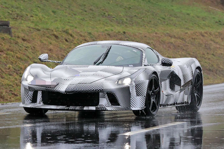 Ferrari testa o sucessor do LaFerrari
