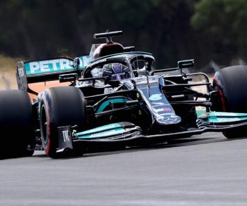 Hamilton foi o mais rápido na sessão de treinos livres desta tarde em Portimão