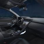 Jaguar E-Pace R-Dynamic Black Edition