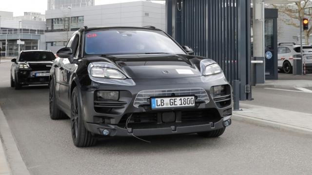 Porsche E-Macan