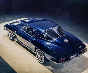 Corvette C2 de quatro lugares