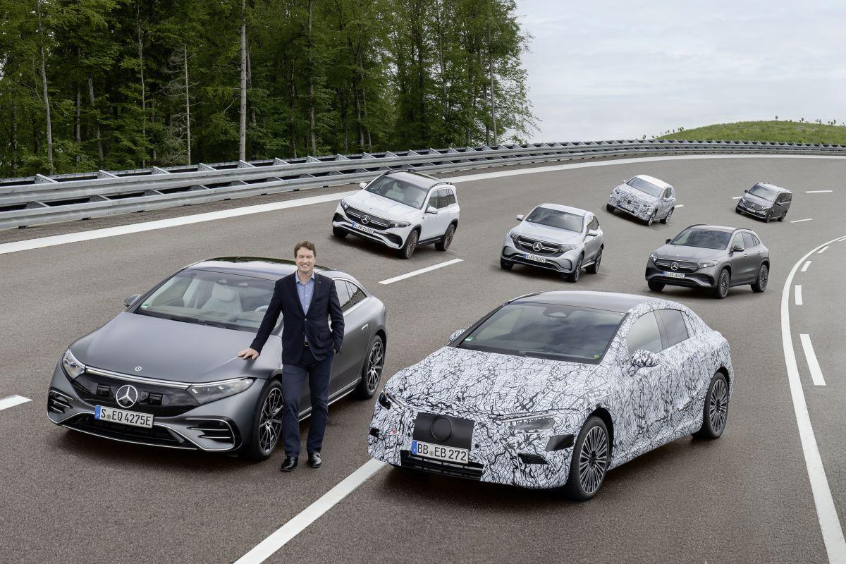 Ola Källenius com a nova gama Mercedes-EQ
