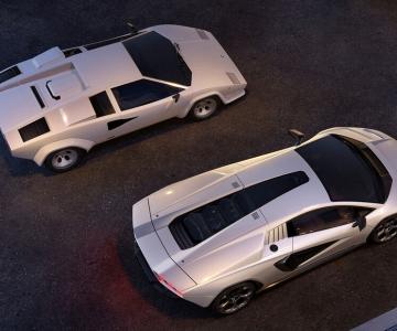 Lamborghini Countach LPI 800-4 junto ao modelo original
